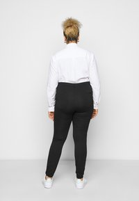 Even&Odd Curvy - HIGH WAIST 5 pockets PUNTO trousers - Leggings - Trousers - black - 2