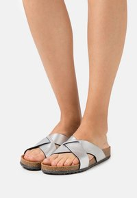 Tamaris GreenStep - Mules - metallic - 0