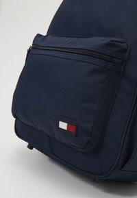 Tommy Hilfiger - NEW ALEX BACKPACK SET - School bag - blue