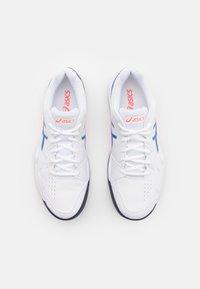 ASICS - GEL-DEDICATE 7 INDOOR - Multicourt tennis shoes - white/lapis lazuli blue - 3
