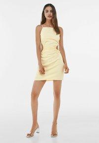 Bershka - MIT VICHYKAROS - Day dress - yellow/white - 1