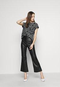 Esprit - MIX - T-shirts med print - black - 1