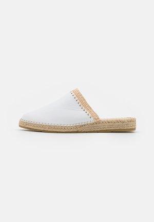 IMA  - Pantofle - oslo blanco