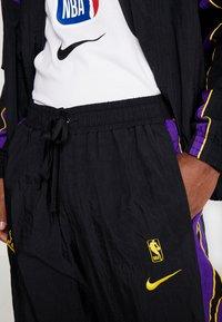 Nike Performance - NBA LA LAKERS RETRO TRACKSUIT - Pelipaita - black/field purple - 8