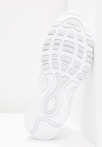 Nike Sportswear - AIR MAX 97 - Matalavartiset tennarit - white/pure platinum - 4