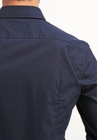 HUGO - JASON SLIM FIT - Formal shirt - navy - 5