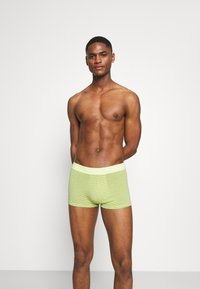 Calvin Klein Underwear - LOW RISE TRUNK 3 PACK - Culotte - blue - 2