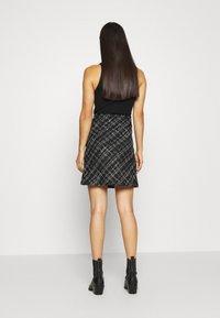 b.young - BYERICA SKIRT - Mini skirt - black - 2
