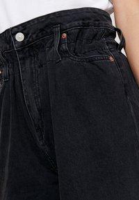Le Temps Des Cerises - BONNIE - Flared Jeans - black - 5