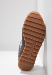 Merrell - ALPINE - Kävelykengät - charcoal/paloma - 4