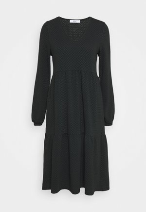 ONLGRACE DRESS - Pletené šaty - black/pine grove