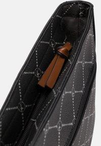 Tamaris - ANASTASIA - Across body bag - black - 6