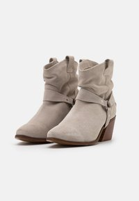 Musse & Cloud - CAMILA - Cowboy/biker ankle boot - ice - 2
