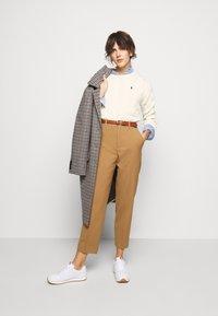 Polo Ralph Lauren - LONG SLEEVE - Jersey de punto - croquet cream - 1