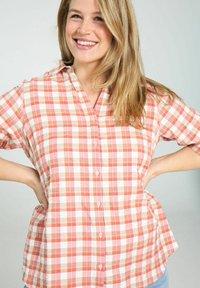 Paprika - Button-down blouse - blush - 3