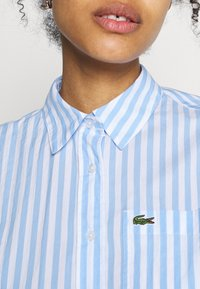 Lacoste - Button-down blouse - nattier blue/white - 4