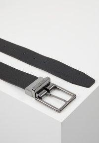 Calvin Klein - 2 PACK STRAPS GIFT SET - Pásek - black - 3