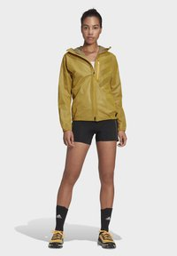 adidas Performance - TERREX AGRAVIC RAIN JACKET - Regnjakke / vandafvisende jakker - gold - 1