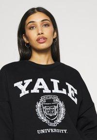 Even&Odd - YALE College Print Oversized Sweatshirt - Felpa - black - 4