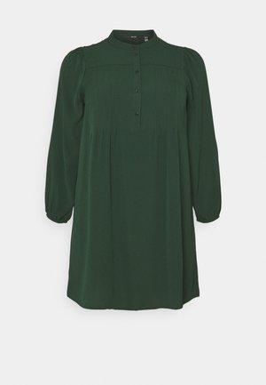 VMSAGA PLEAT SHORT DRESS  - Day dress - pine grove