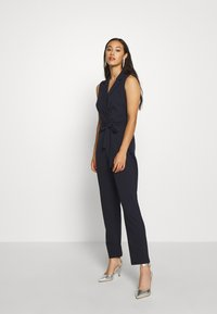 Vero Moda - VMDALLISON - Jumpsuit - night sky - 1