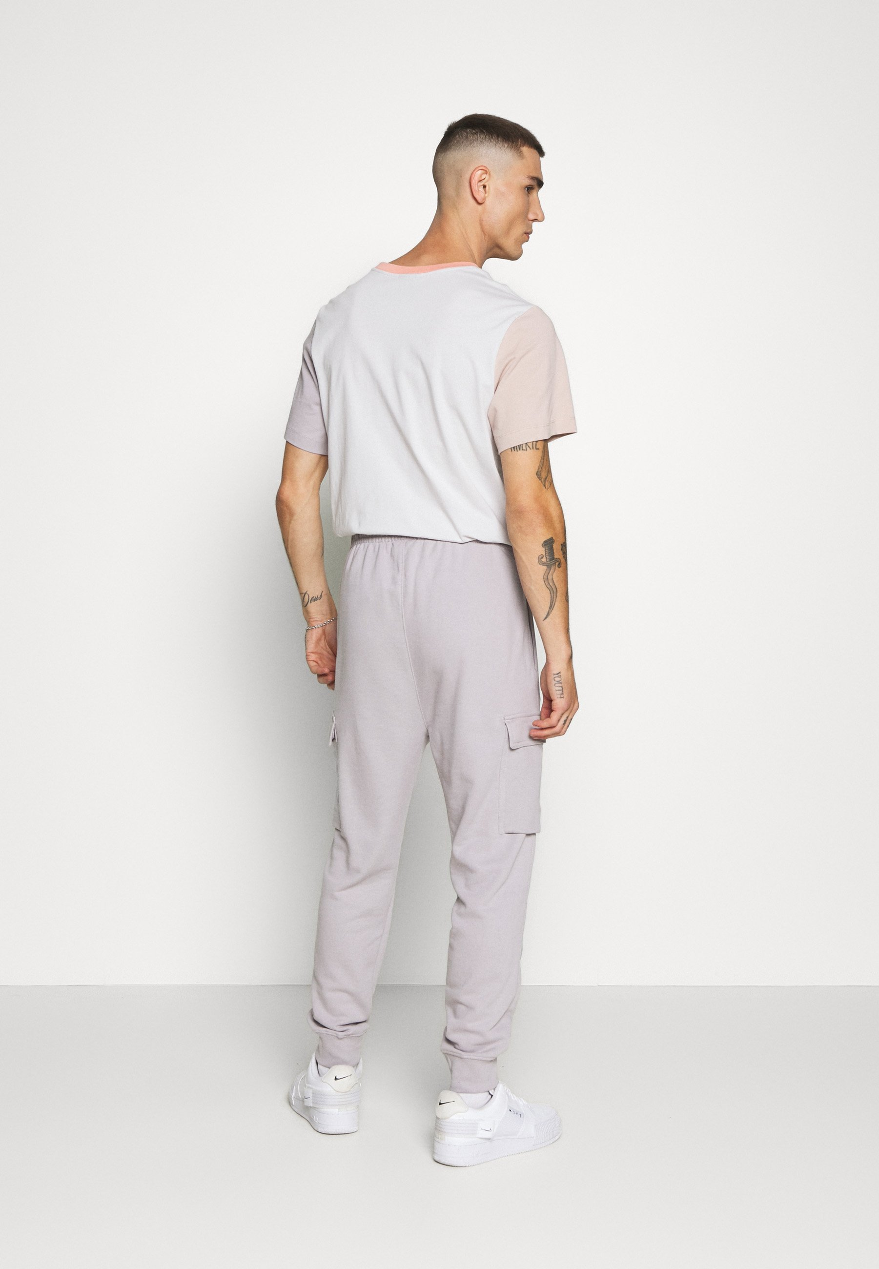 PANT CARGO Joggebukse silver lilac