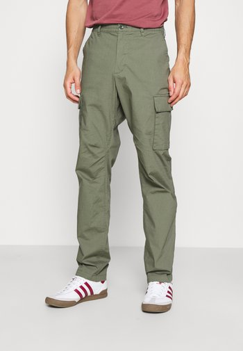 EASY PANT - Cargo trousers - succulent green