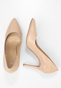 MICHAEL Michael Kors - CLAIRE - Højhælede pumps - light blush - 3