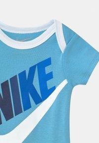 Nike Sportswear - FUTURA SET - Print T-shirt - blue gaze - 2
