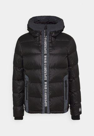 MOUNTAIN PRO RACER PUFFER - Lyžařská bunda - black