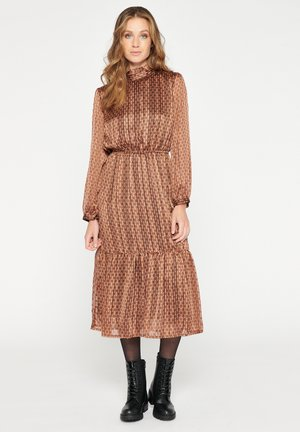 Day dress - chocolat cake