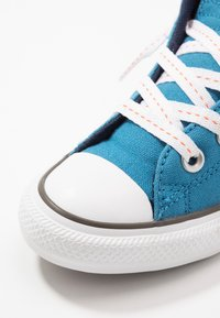 Converse - CHUCK TAYLOR ALL STAR STREET - Zapatillas altas - egyptian blue/bold mandarin - 5