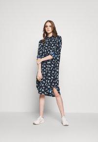 Monki - TOMI DRESS - Košilové šaty - blue - 1