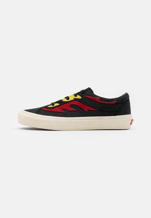 BOLD UNISEX - Sneakers - black/red