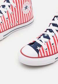 Converse - CHUCK TAYLOR ALL STAR AMERICANA UNISEX - Sneakers hoog - midnight navy/university red/white - 5