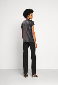 HUGO - DIJALLA - Basic T-shirt - black - 3
