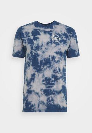 OATH - T-shirt con stampa - joe blue sun wash