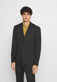 Isaac Dewhirst - SINGLE BREASTED SUIT - Kostym - green - 2