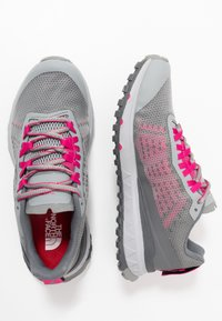 The North Face - ULTRA SWIFT - Neutral running shoes - griffin grey/pink - 1
