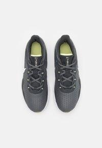 Nike Performance - LEGEND ESSENTIAL 2 - Scarpe da fitness - iron grey/white/dark smoke grey/limelight/light brown - 3
