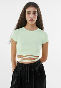 Bershka - Print T-shirt - green - 0