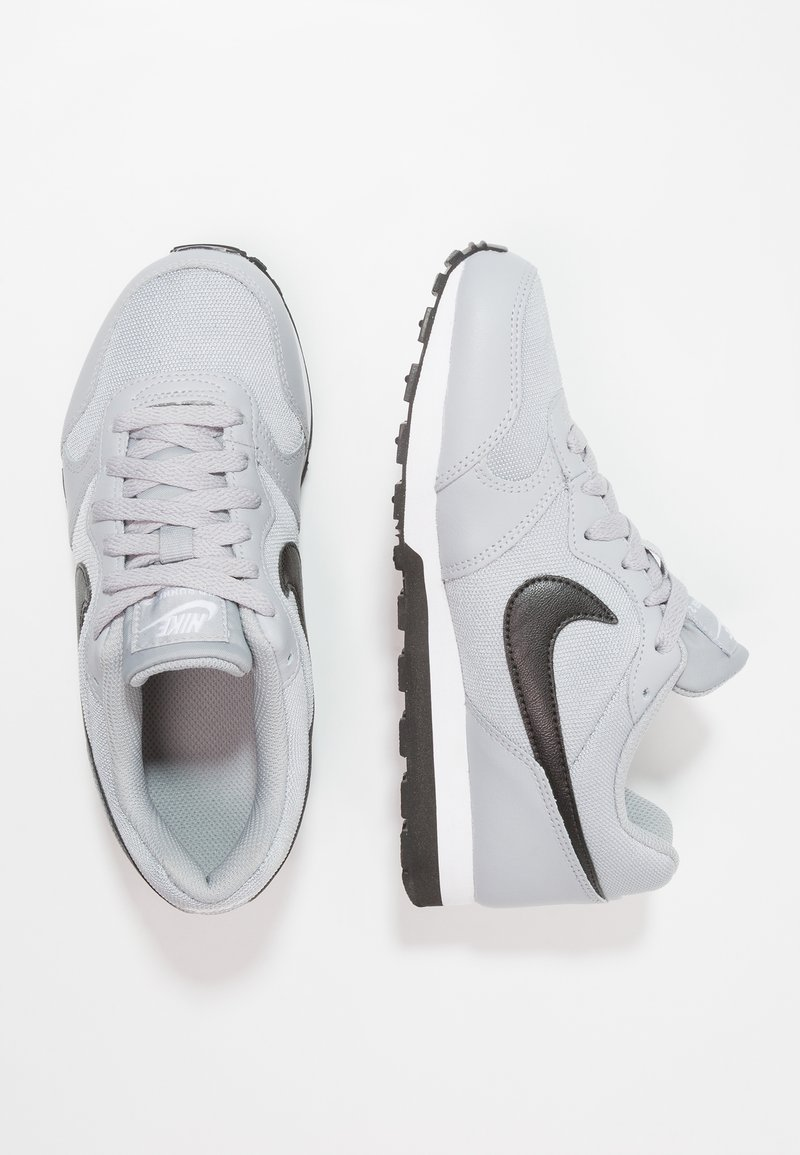 Nike Sportswear - MD RUNNER 2 - Trainers - wolf grey/black/white