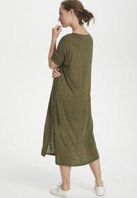 Cream - PITTACR  - Jersey dress - burnt olive - 3