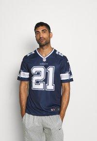 Nike Performance - NFL DALLAS COWBOYS EZEKIEL ELLIOT LEGEND TEAM - Klubové oblečení - college navy - 0