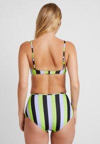 Solid & Striped - THE KIKI - Bikini top - lavender/lime/black - 2