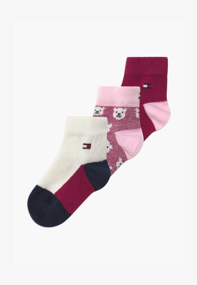 BABY BEAR GIFTBOX 3 PACK - Ponožky - pink