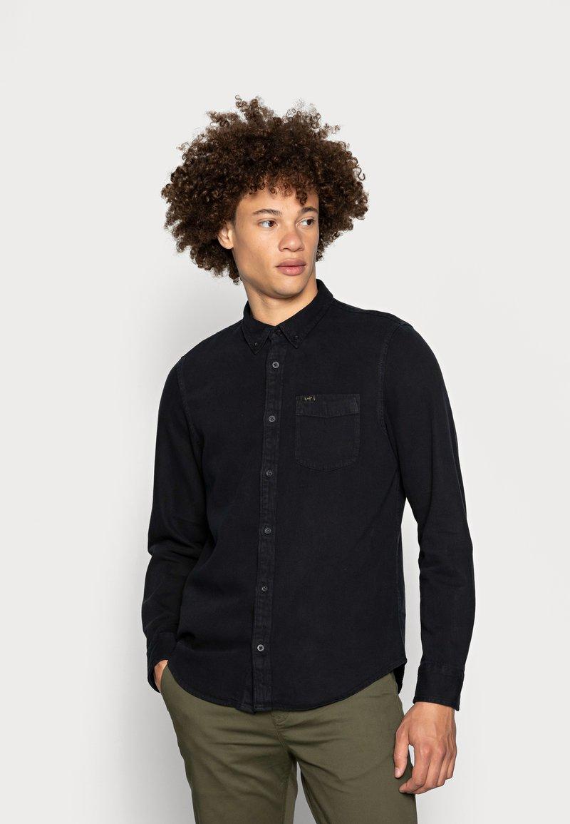 Lee - BUTTON DOWN - Overhemd - black