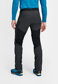 Mammut - AENERGY - Spodnie narciarskie - black - 1