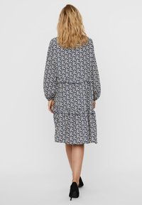 Vero Moda - VMSIRI  - Shirt dress - moonlight blue - 2