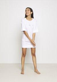 Emporio Armani - MAXI T-SHIRT - Nightie - white/silver - 3